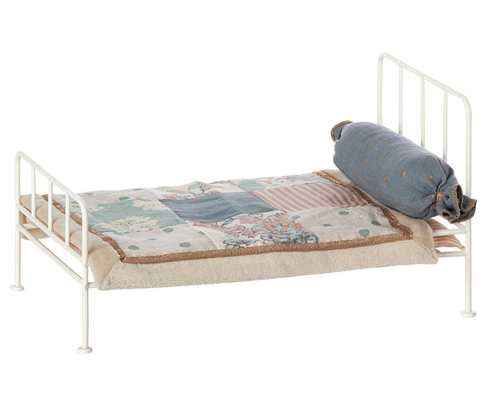 Little maileg play mini metal bed in off white