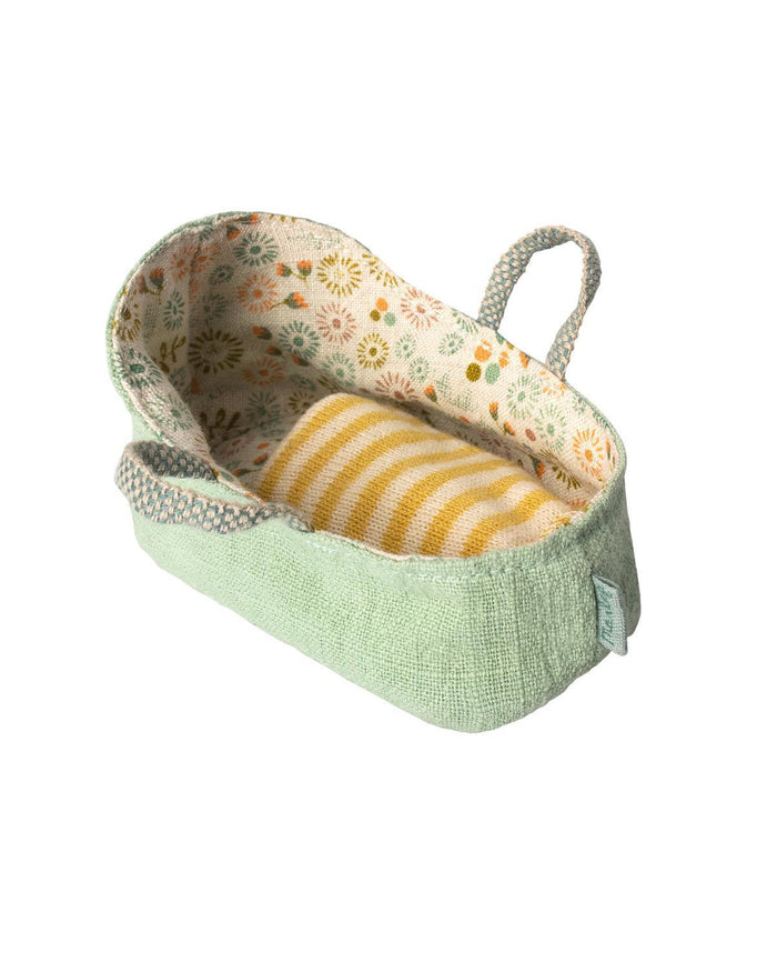 Little maileg play my carry cot in mint