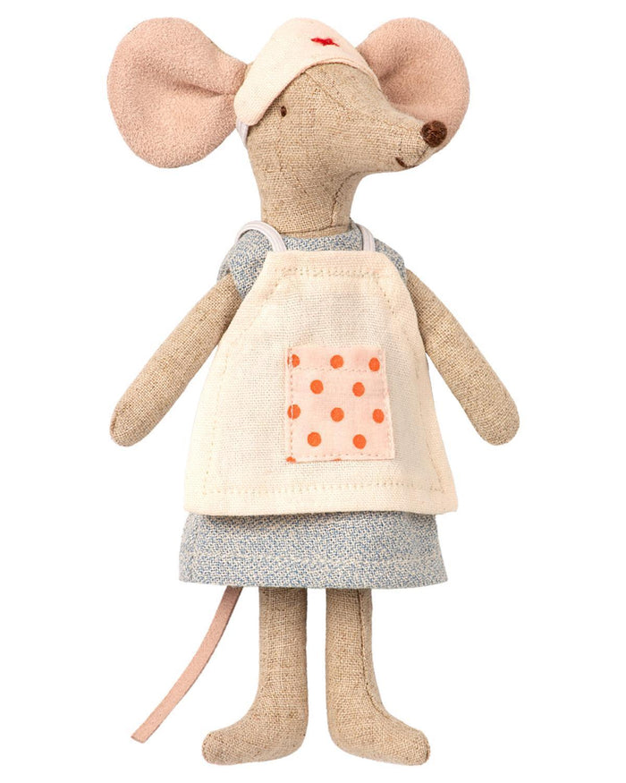Little maileg play nurse mouse