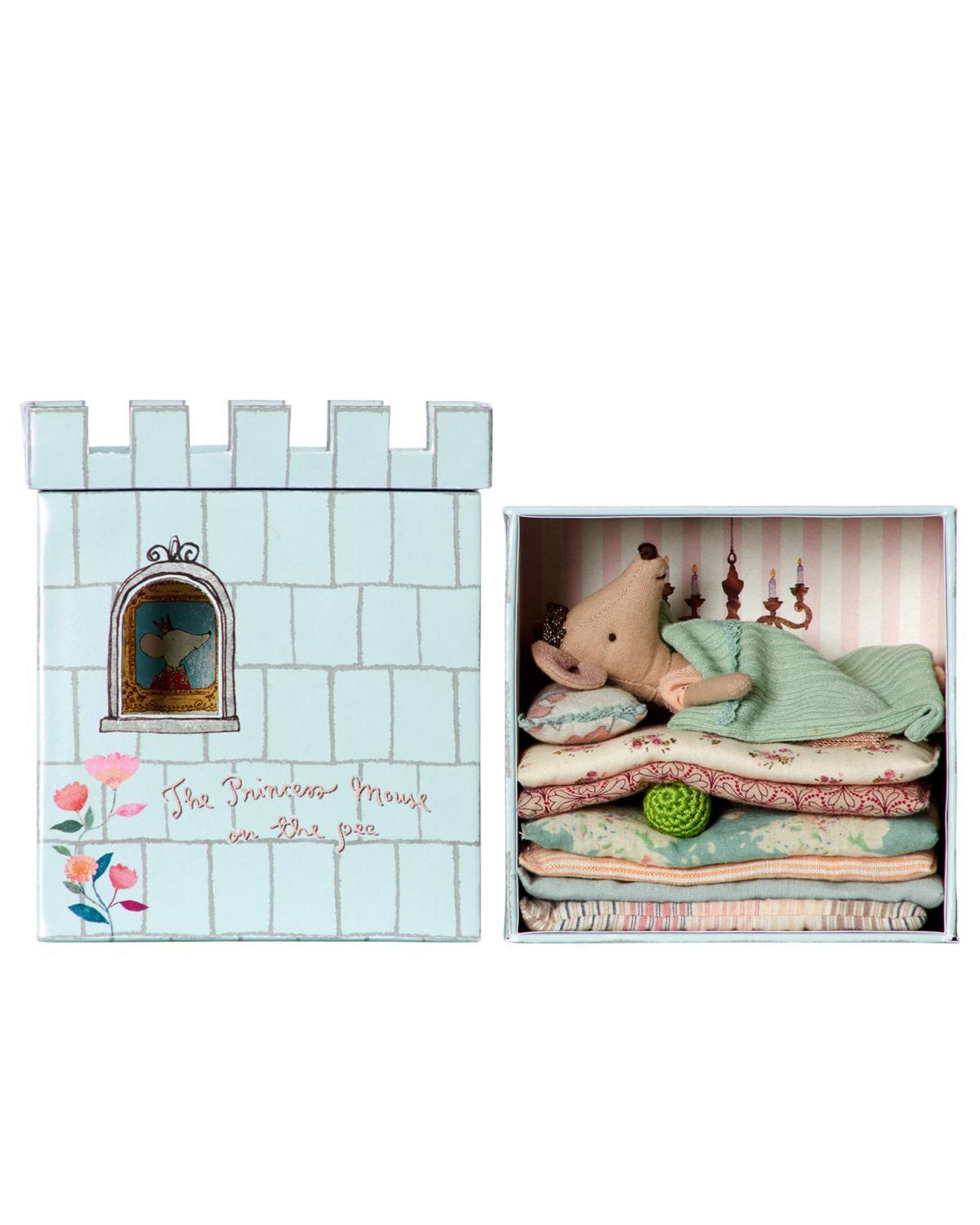 Little maileg play princess and the pea mouse