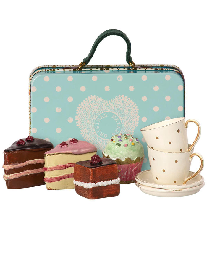 Little maileg play suitcase + cake set for 2