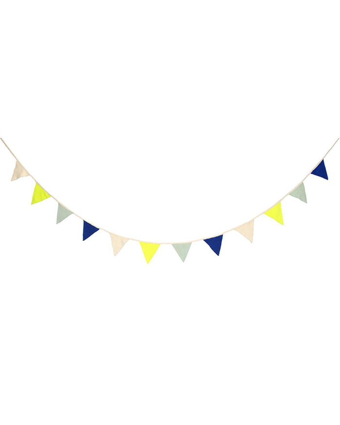 Little meri meri room Blue Knit Bunting