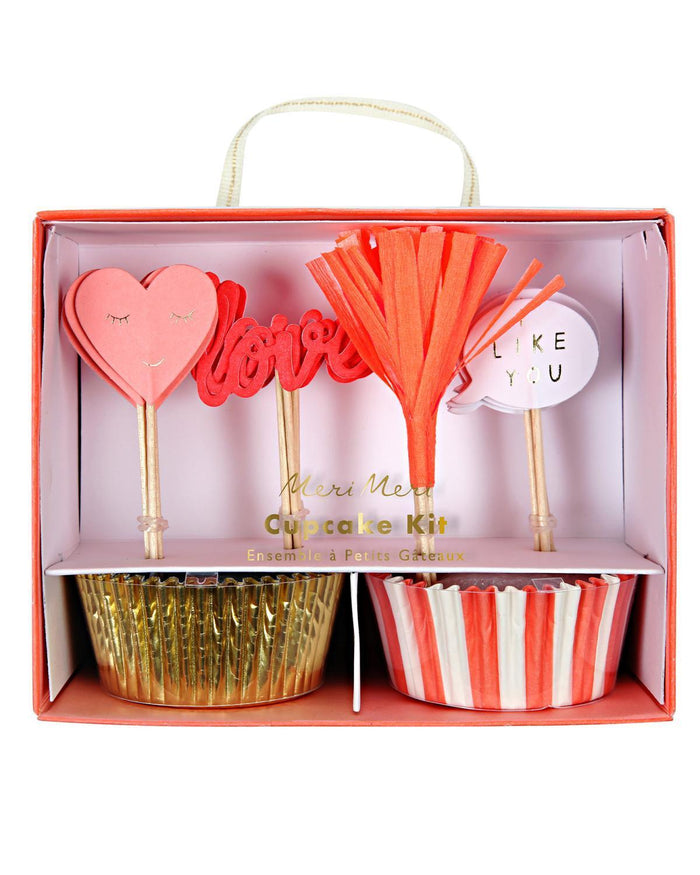 Little meri meri paper+party love cupcake kit