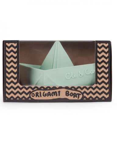 Little oli + carol play Mint Boat in a Box
