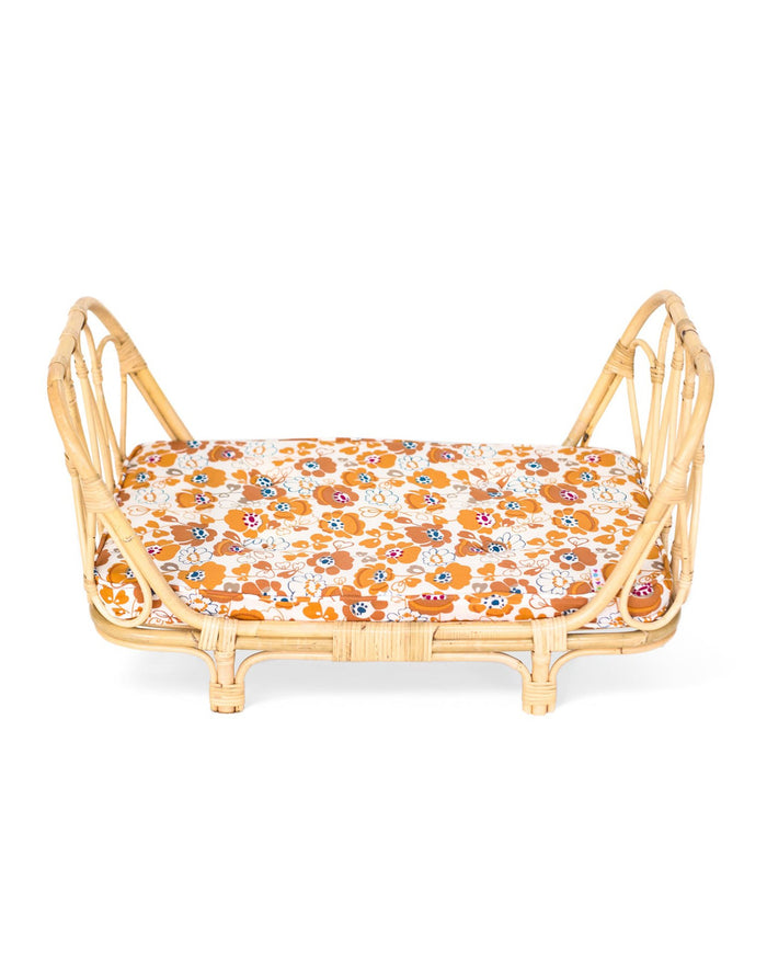 Little poppie toys play poppie day bed in floral