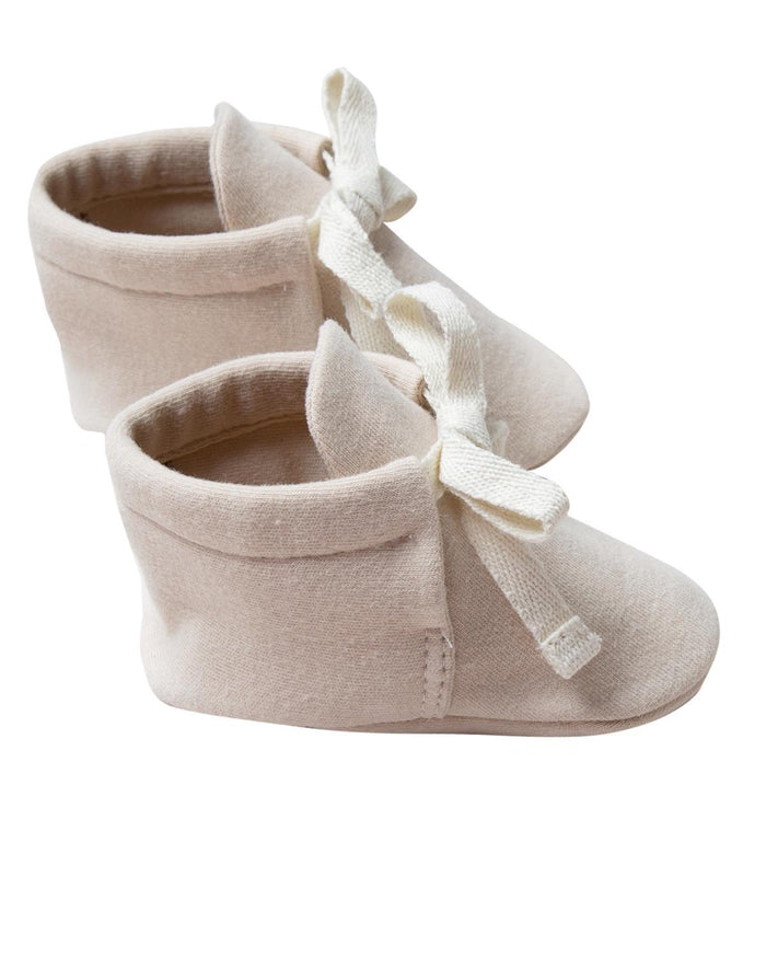 Little quincy mae baby accessories 0-3 baby boots in bone