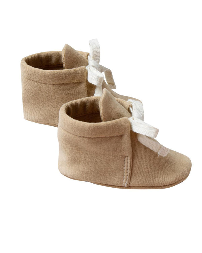 Little quincy mae baby accessories 0-3 baby boots in honey