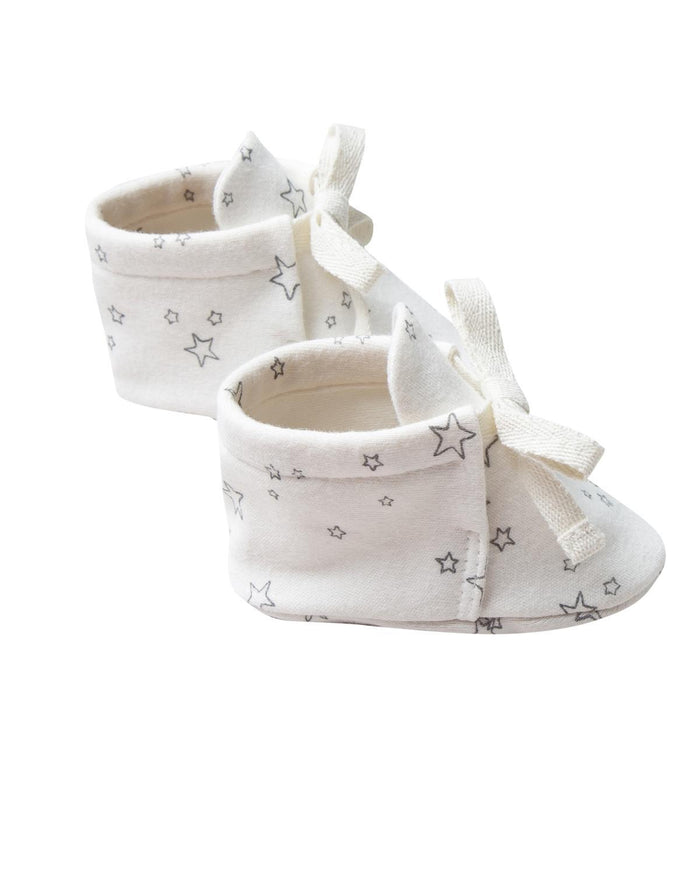 Little quincy mae baby accessories 0-3 baby boots in ivory
