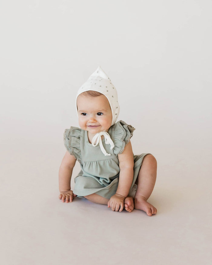 Little quincy mae baby girl 0-3 flutter dress in sage