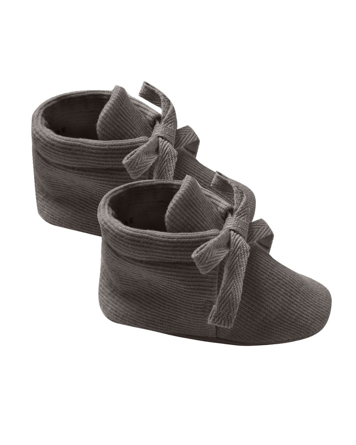 Little quincy mae baby accessories ribbed baby booties in coal