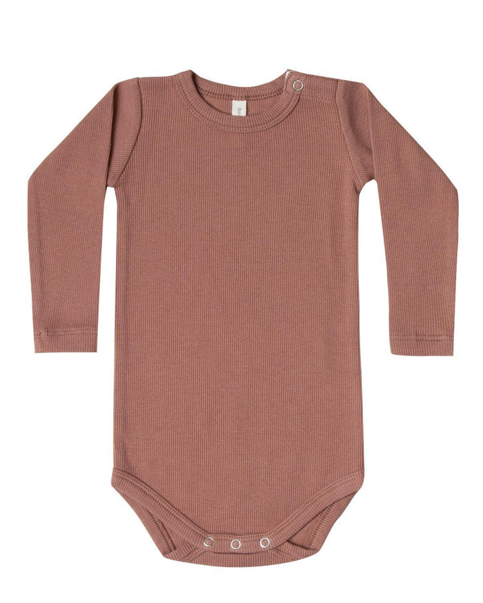 Little quincy mae baby boy 0-3 ribbed long sleeve onesie in clay