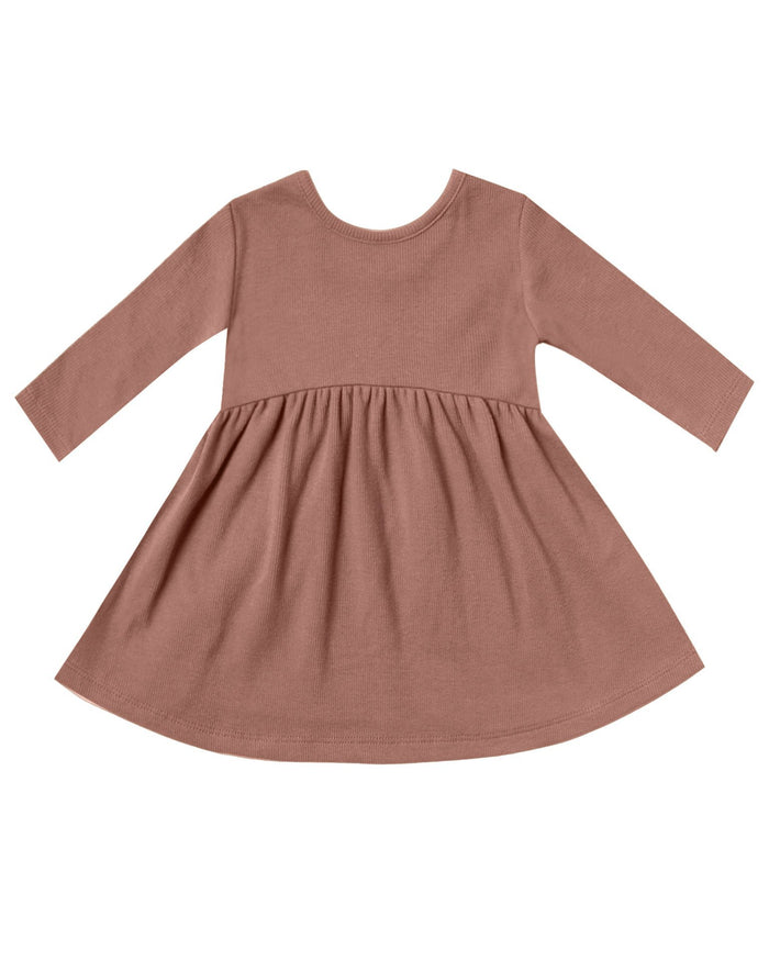 Little quincy mae baby girl ribbed longsleeve dress in clay