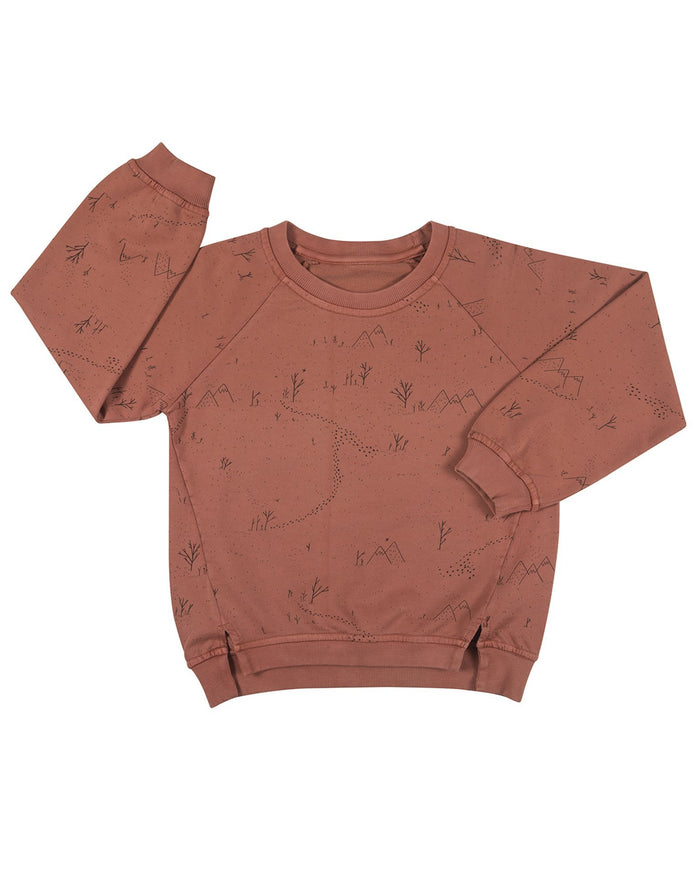 Little red caribou girl yeti tracks oversized sweatshirt in light mahogany