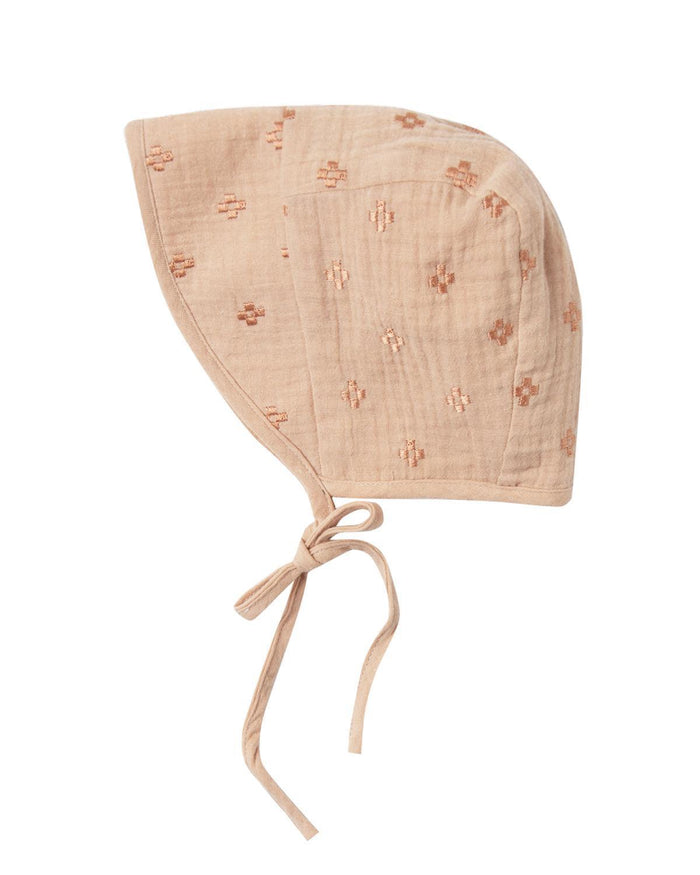 Little rylee + cru baby accessories 0-6 cross embroidered bonnet
