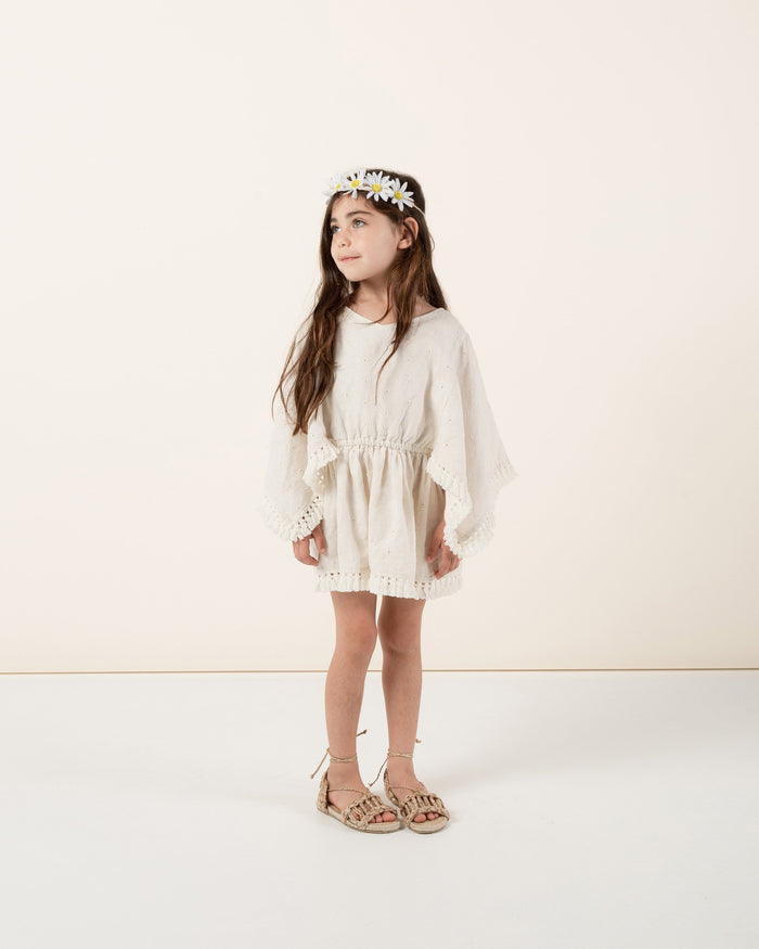 Little rylee + cru girl eyelet beach kaftan in natural