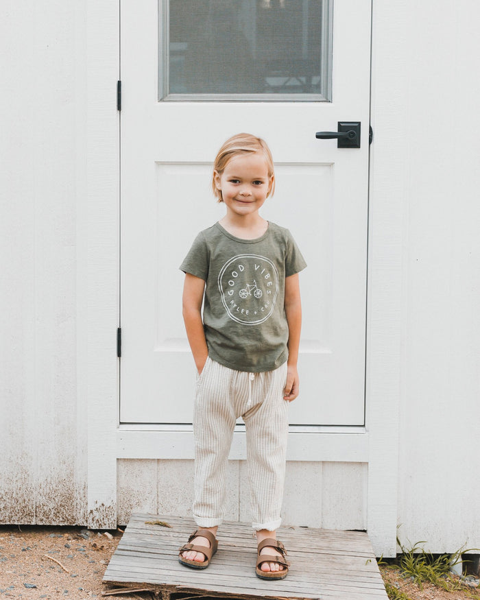 Little rylee + cru girl good vibes tee in fern