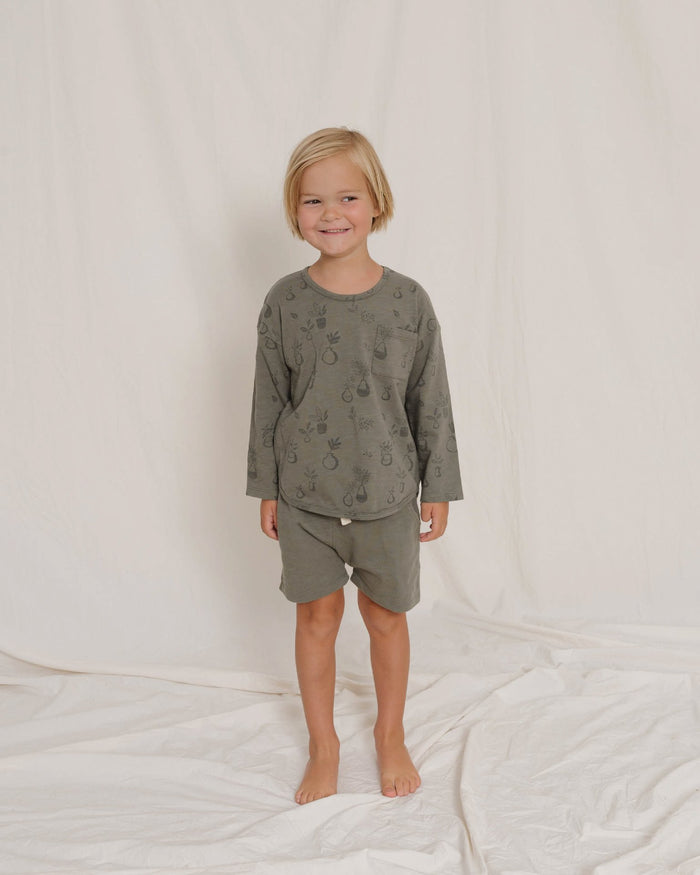 Little rylee + cru girl potted plants longsleeve tee in fern
