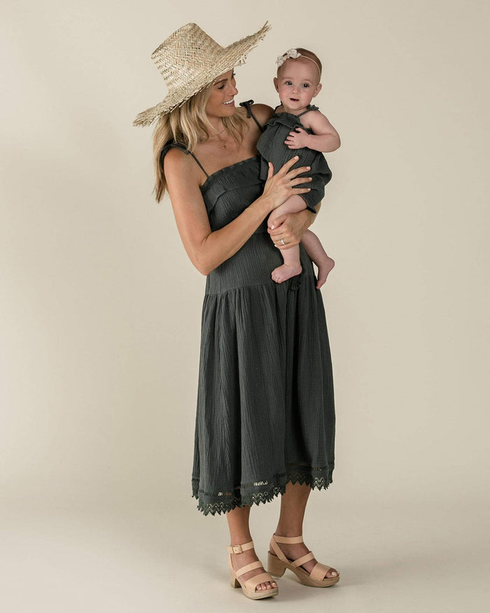 Little rylee + cru women xs ruffle tube top in storm