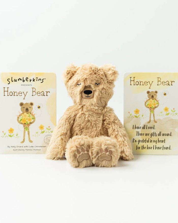 Little slumberkins play honey bear kin