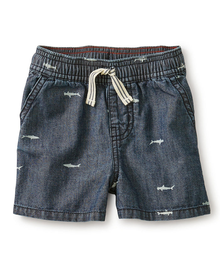 Little tea collection boy chambray discovery short in sharks