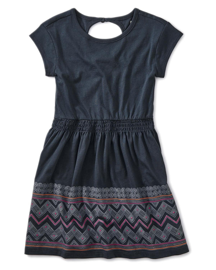 Little tea collection girl 12 chevron graphic keyhole dress