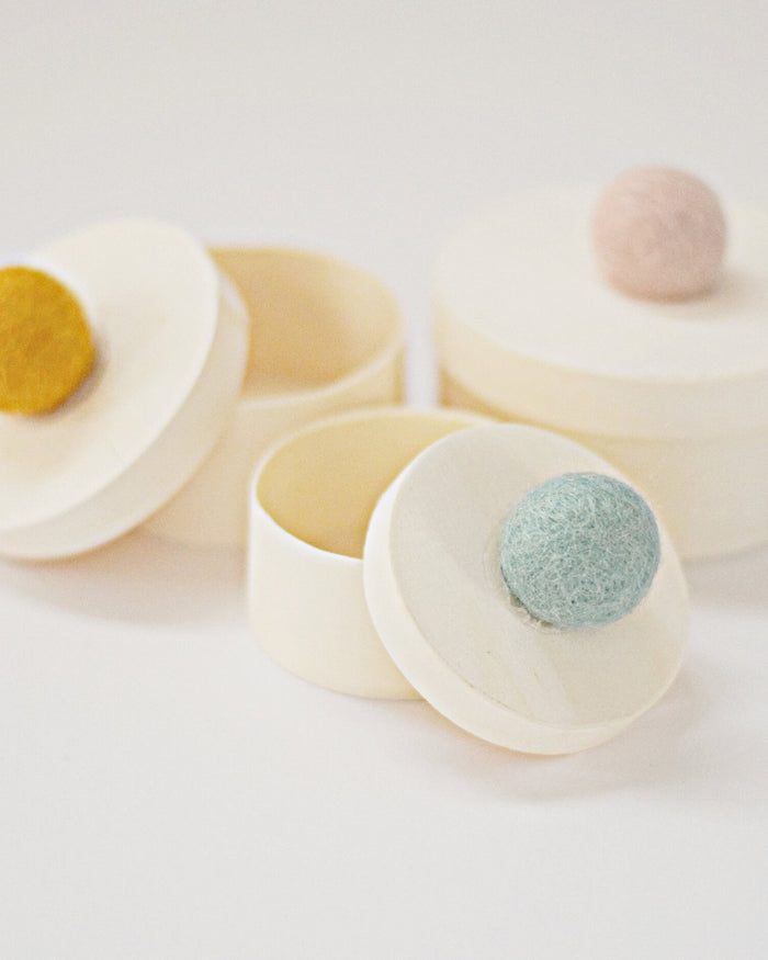 Little the brilliant chalk co play glitter eggs in pom boxes