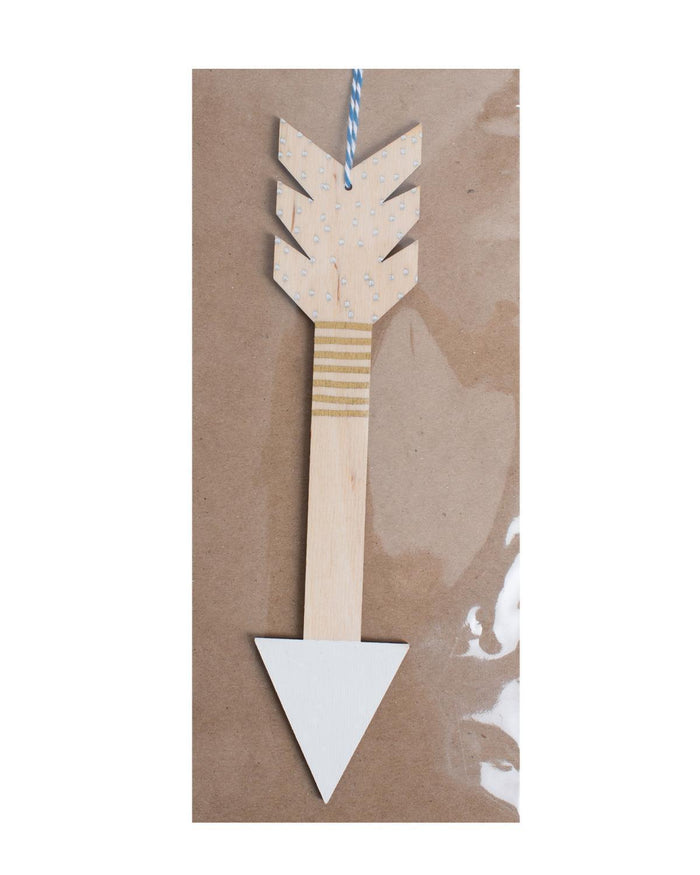 Little the great lakes goods room Arrow Wall Charm in White