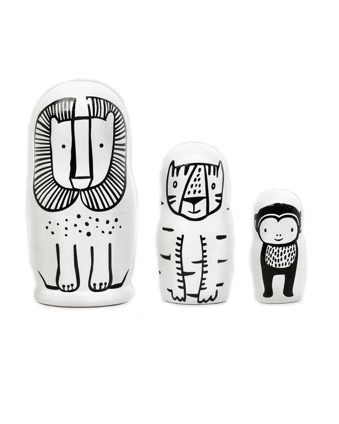Little wee gallery play nesting dolls in wild animals