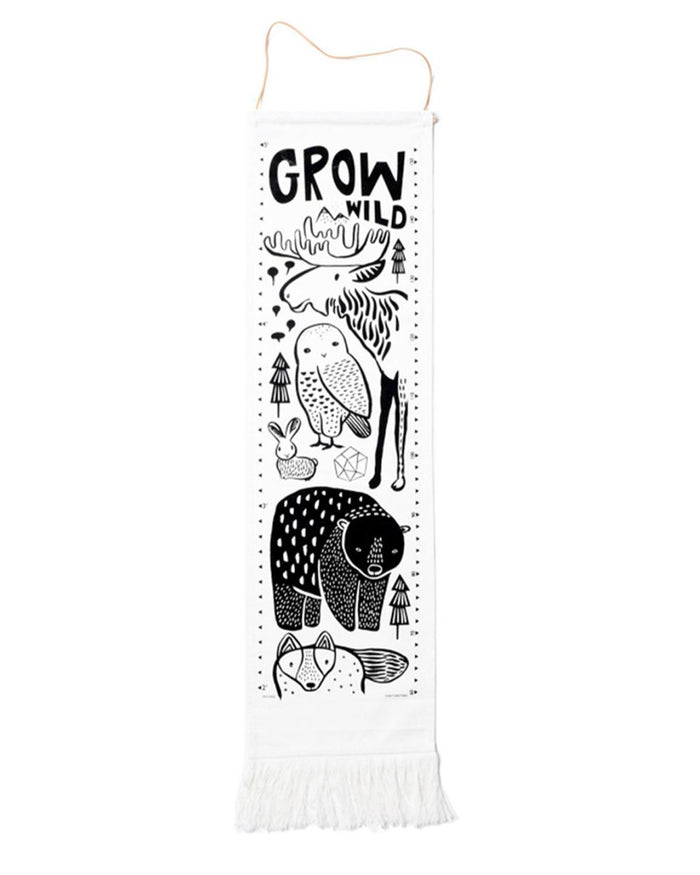 Little wee gallery room Nordic Canvas Growth Chart
