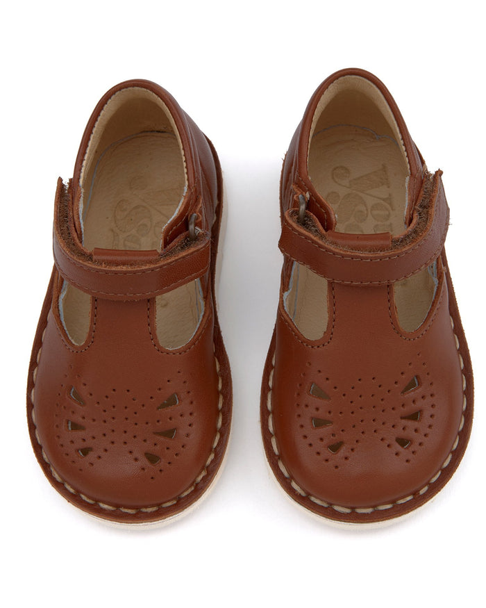 Little young soles accessories 18 poppy t-bar shoe in chestnut