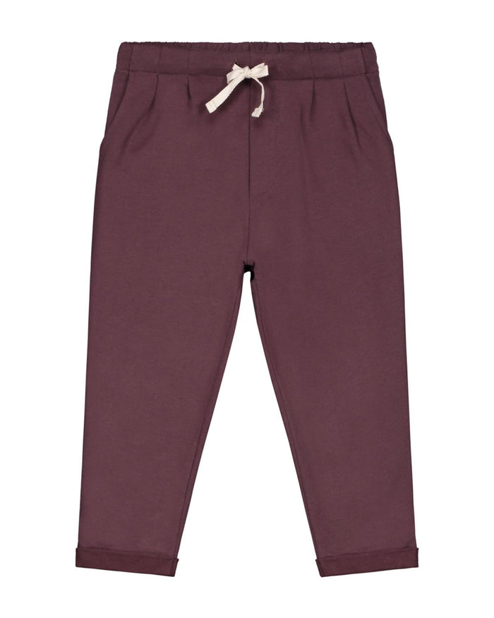 pleated trousers in plum