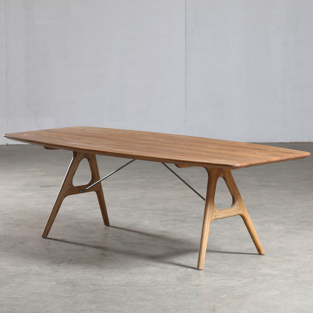 Tesa Table