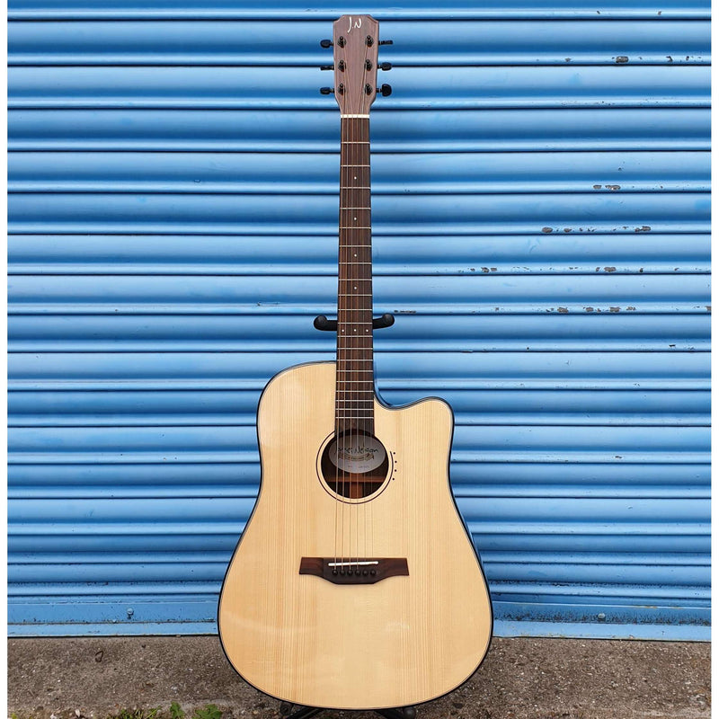 James Nelligan ( JN ) - LYN-DCFI Electro Acoustic Guitar