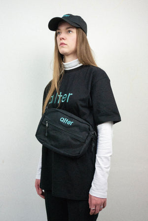 alter skateboard skate co waist bag waistbag fanny pack fannypack black girl wearing