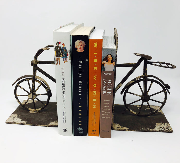 Bicycle Bookends | HometoNest