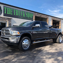 "Load image into Gallery viewer, 22"" High Polished 1994-2018 Dodge Ram 3500 DRW 10x285.75mm 6 Wheels With Chrome Caps and Adapter Kit"