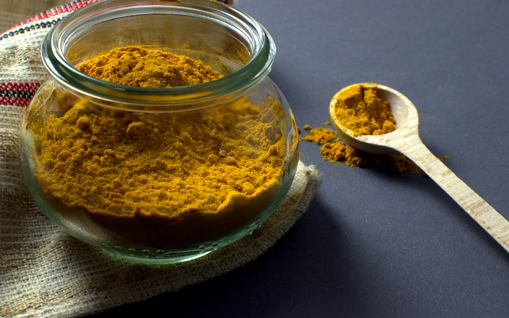DIY: Aloe Vera, Turmeric and Honey Mask for Face and Body