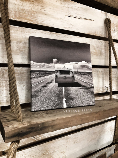 Bliss Lounge in Wyoming Canvas Print