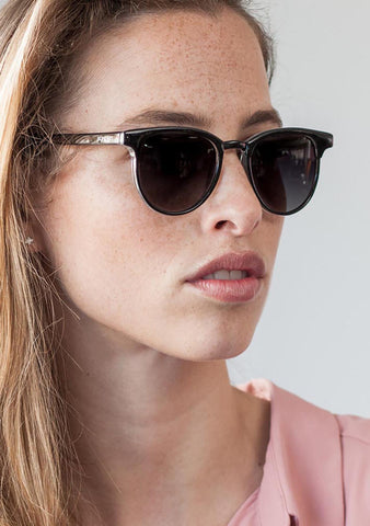 KOMONO Francis Sunglasses in Black/Ivory