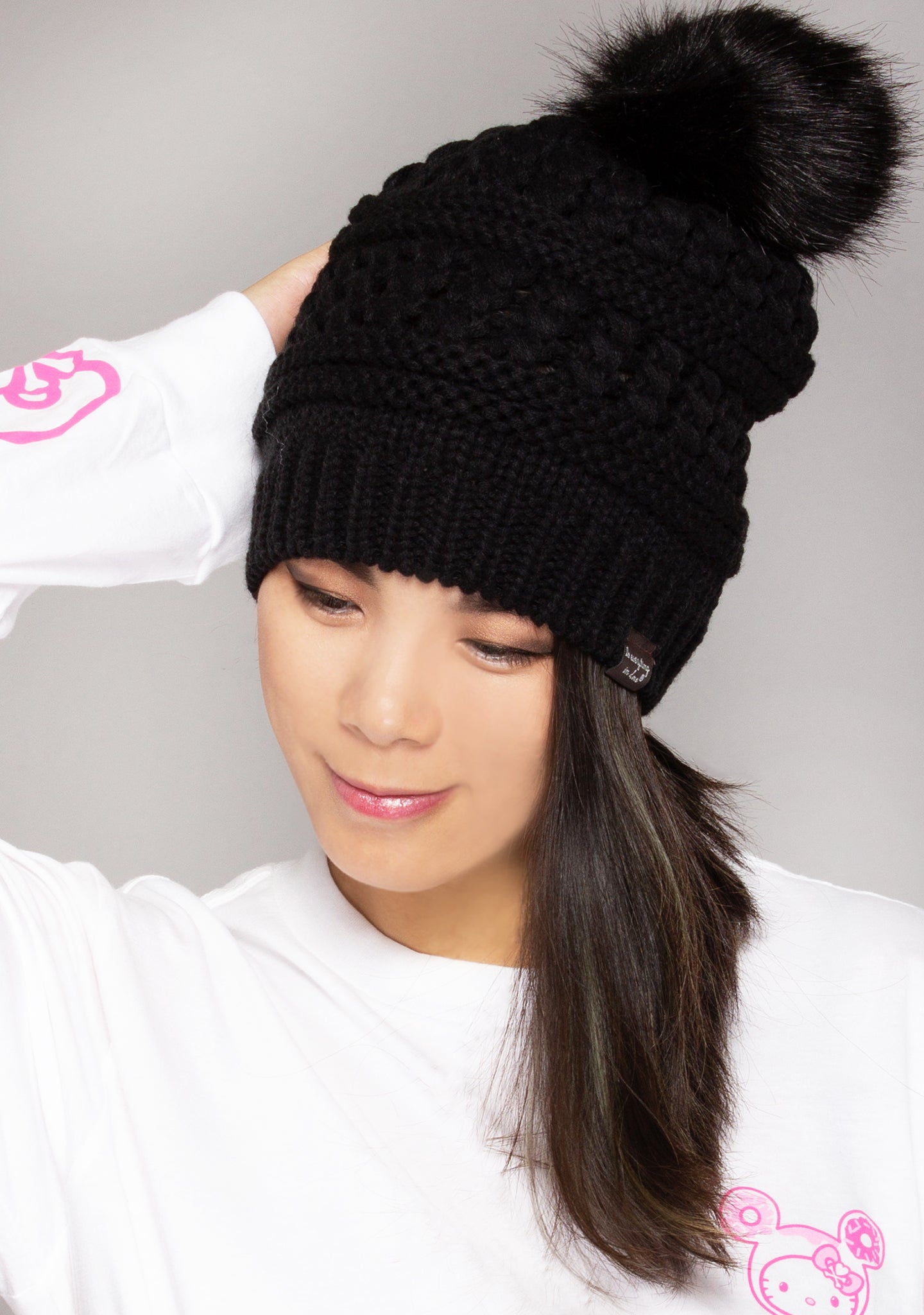 Pom Knit Beanie in Black