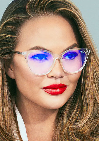 X Chrissy Teigen Blue Light All Nighter Glasses in Clear
