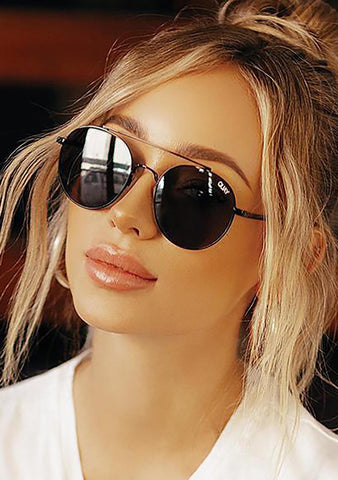 Outshine Sunglasses in Black/Smoke