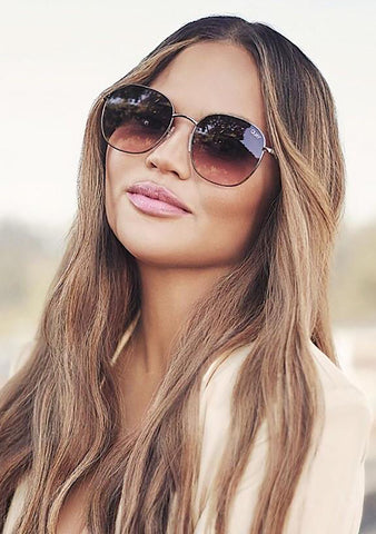 X Chrissy Teigen Jezabell Sunglasses in Gunmetal Navy Peach