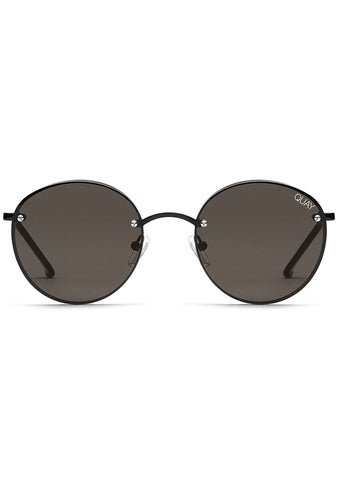 X Elle Ferguson Farrah Sunglasses in Black/Smoke