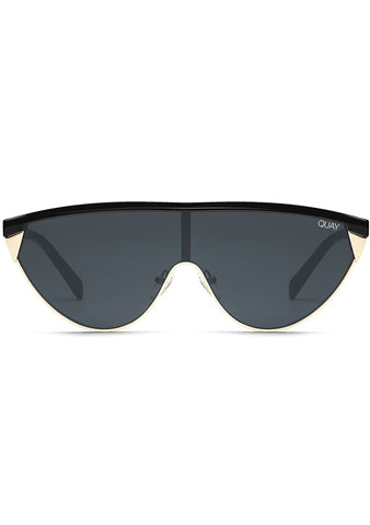 X Elle Ferguson Goldie Sunglasses in Black/Smoke