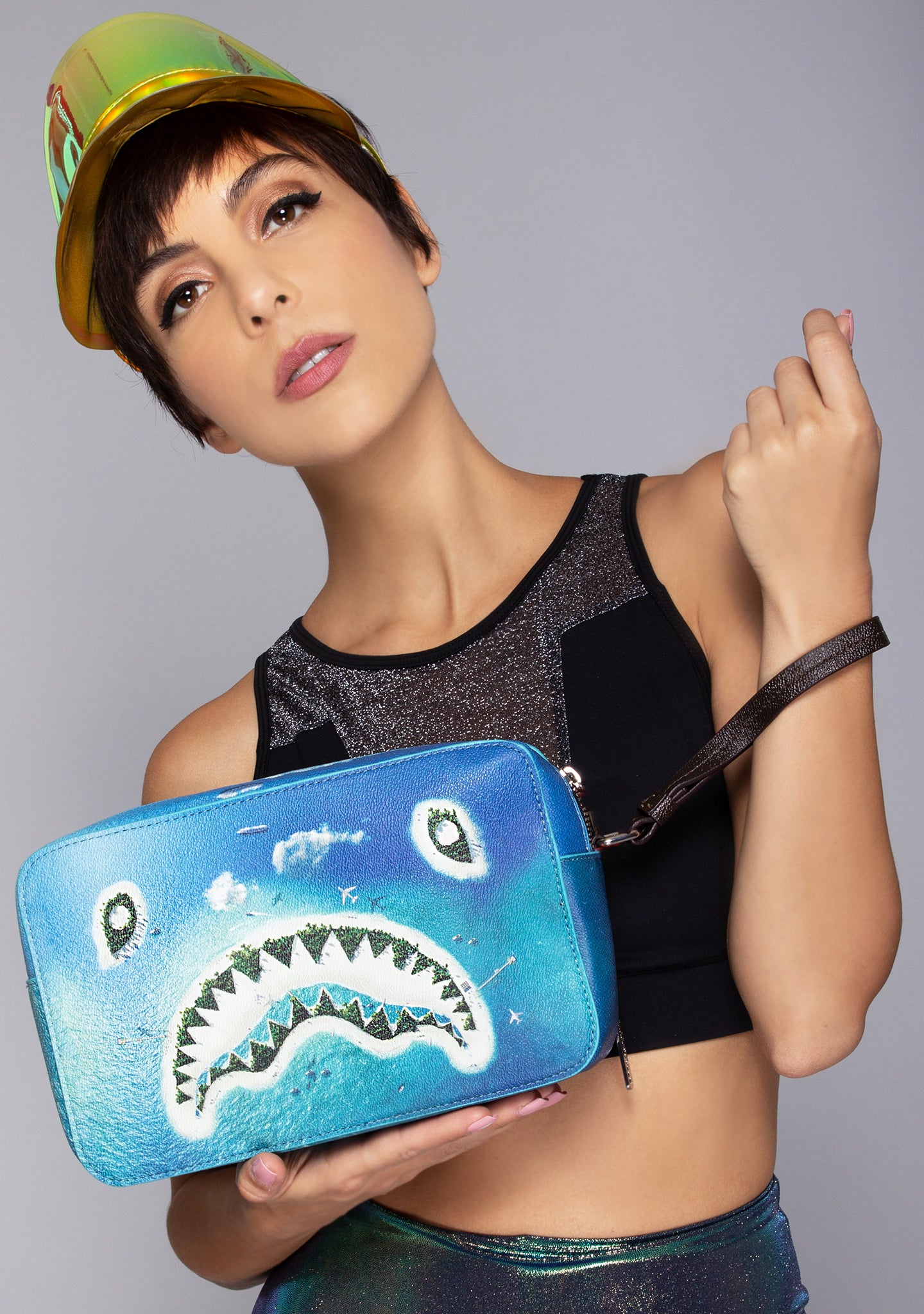 Shark Island Toiletry Bag