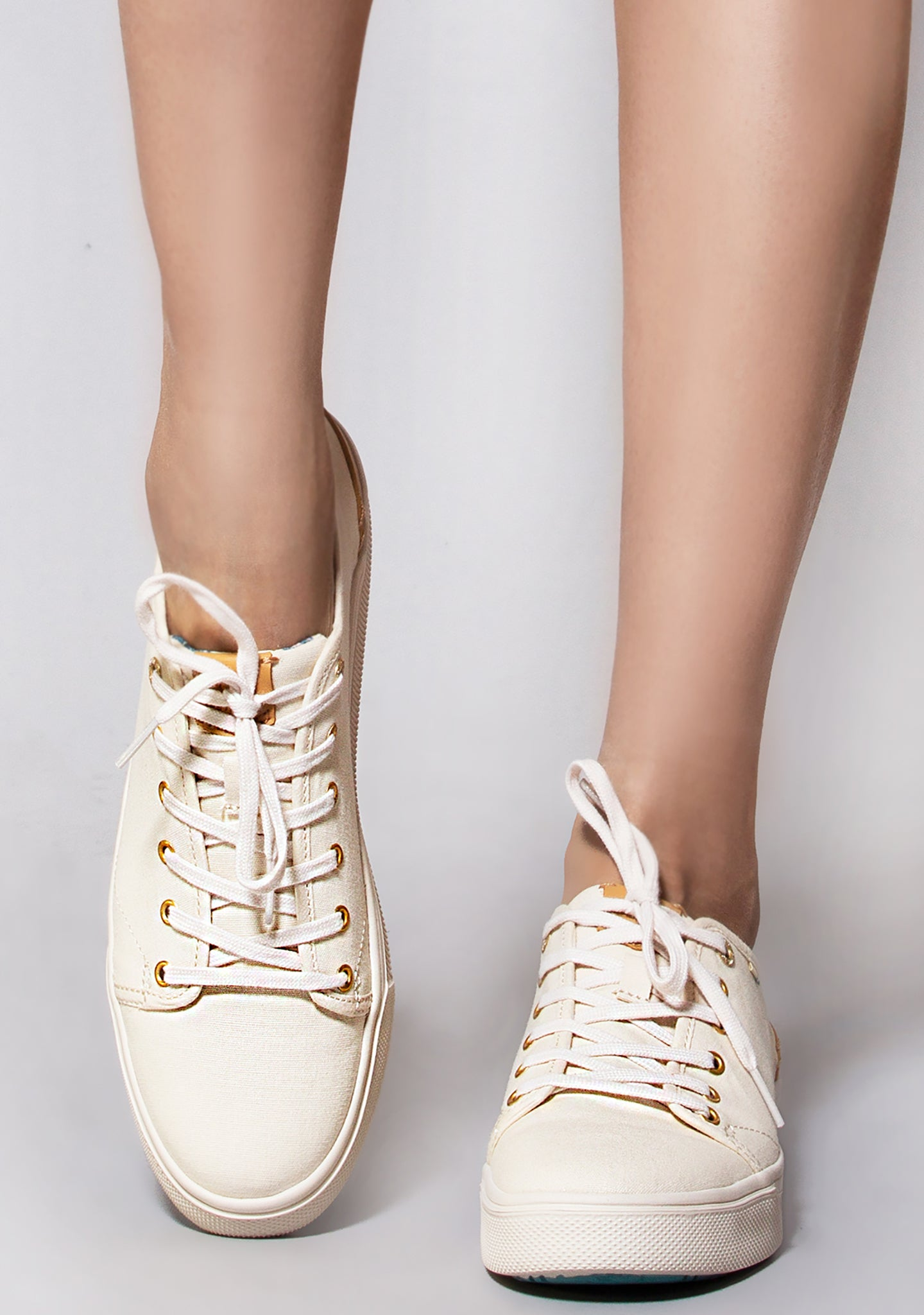 Lite Travel Birch In Canvas Low Sneakers jL4A5R3