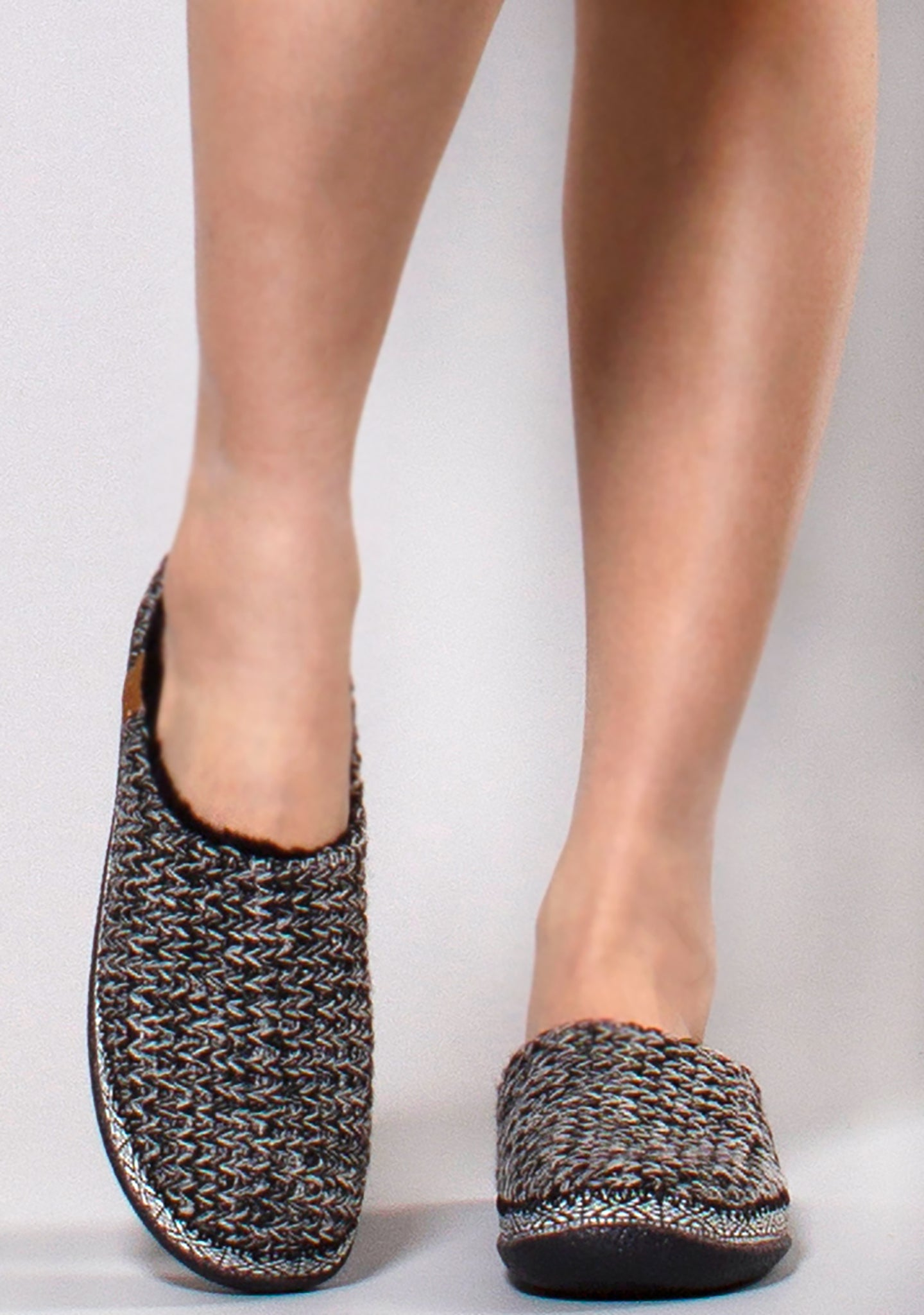 1c152e56eb6 Ivy Sweater Knitted Faux Fur Slippers in Black White