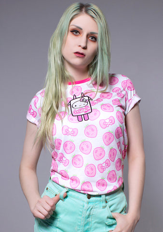 x Hello Kitty Strawberry Kitty Women's Tee in Pink and White