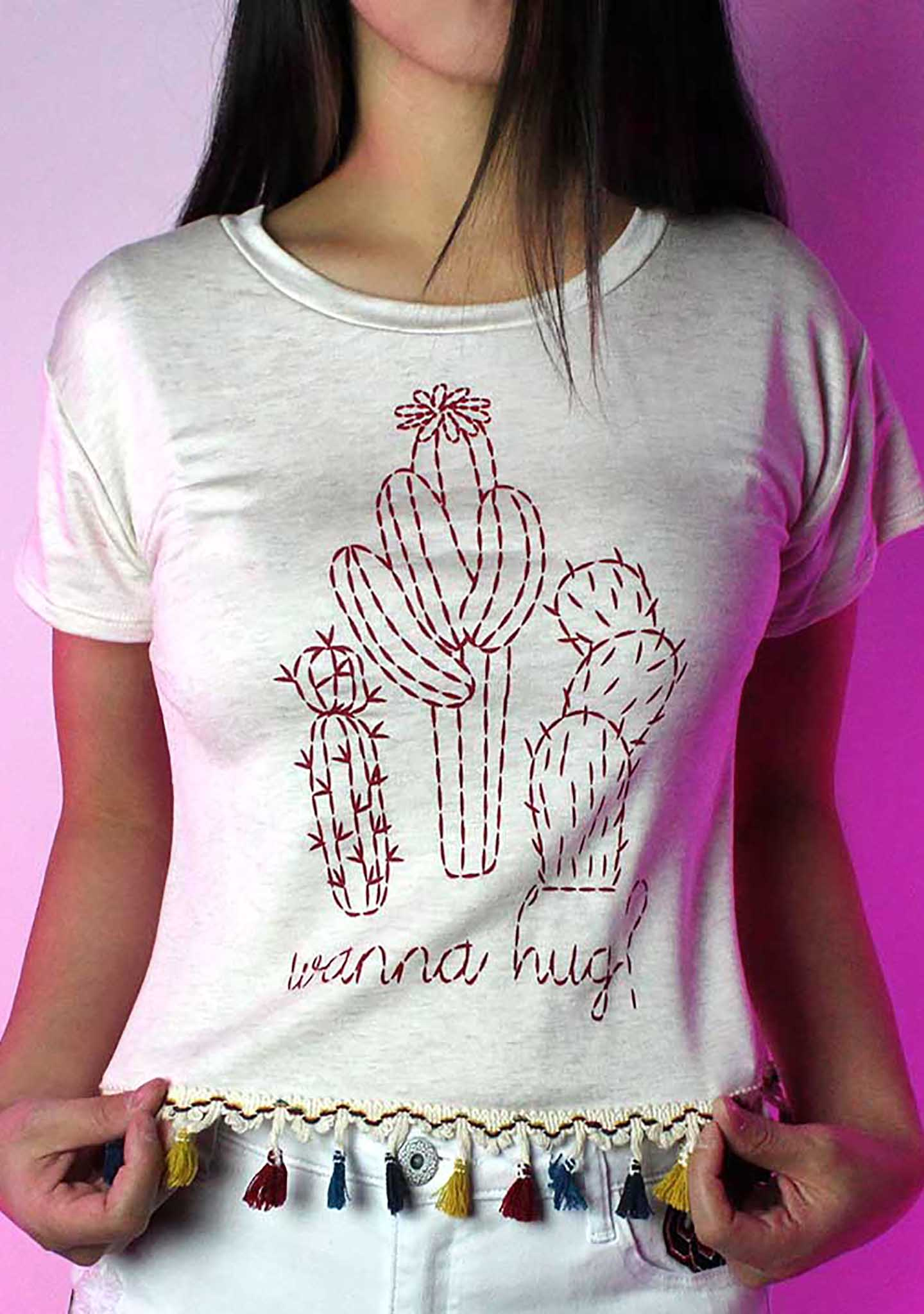 Wanna Hug Crop Top Tee